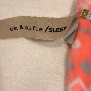 Intimates & Sleepwear - Fleece pants